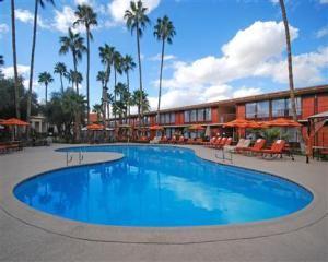 Days Hotel Scottsdale Near Old Town