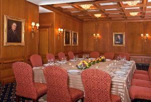 Presidential Room West