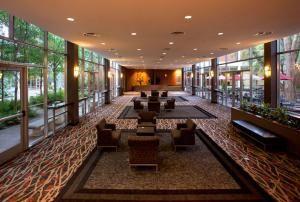 Pecan Tree Galleria