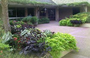 Leonard Courtyard