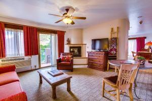 Santa Fe Executive Suite