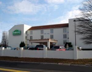 La Quinta Inn & Suites Atlanta Airport South