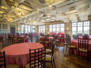 Main Hall 100