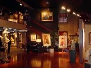 Hilligoss Galleries