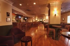 Potomac Bar And Grille