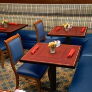 Carlyle's Restaurant