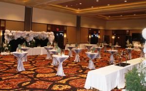 Wedding reception venues in tulsa ok 117 wedding places ponca city osage casino hotel junglespirit Choice Image