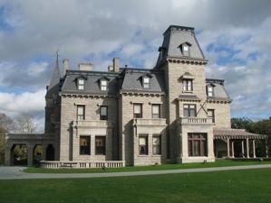 Chateau sur-Mer