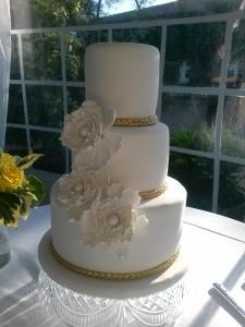Michele's Corner Wedding Cakes