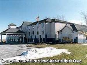 Baymont Inn & Suites Highland