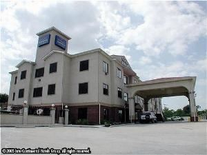 Quality Inn & Suites Hwy 290 Brookhollow