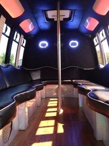Detroit Party Bus & Limousine