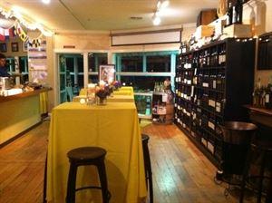 Vino Prima Wine Bar