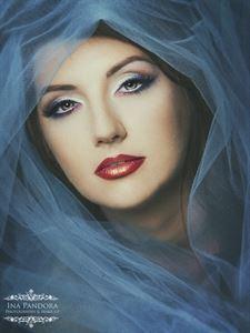 Ina Pandora Photography & Make-Up