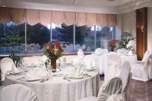 Elk Grove Ballroom