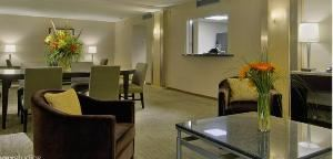 Three Bay Suites(2)