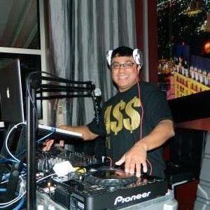Mobile Music DJ Service