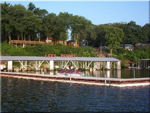 Lees Grand Lake Resort
