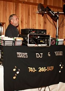 Terry's Mobile DJ / Karaoke