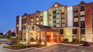 Hyatt Place Chicago/Lombard/Oak Brook