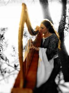 Kathleen Finnegan, Harpist