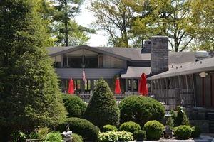 Skyline Lodge & Restaurant