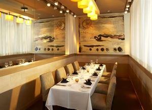 M At Miranova Restaurant