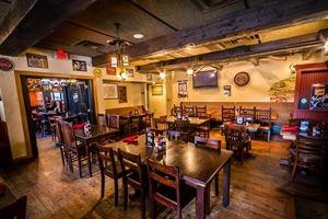 Claddagh Irish Pub- Downtown