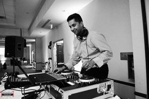 DJ Prashant - Indian Desi DJ in Chicago