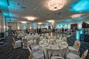 Red Oak Ballroom - A