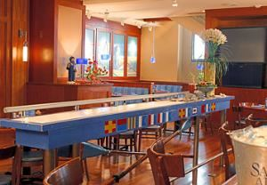 Regatta Raw And Seafood Bar