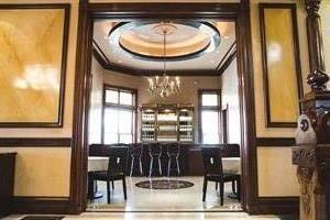 The Payne Mansion  Hotel