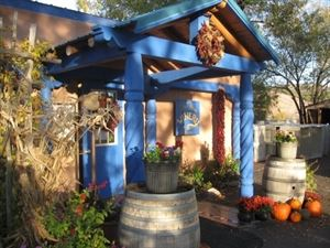 Black Mesa Winery - Velarde