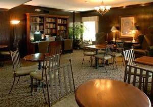 Hampton Room II