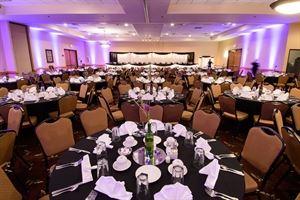 Ramada Hotel Suites Sioux Falls SD