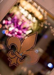 Folsom Bar & Grill | Fleur De Lis