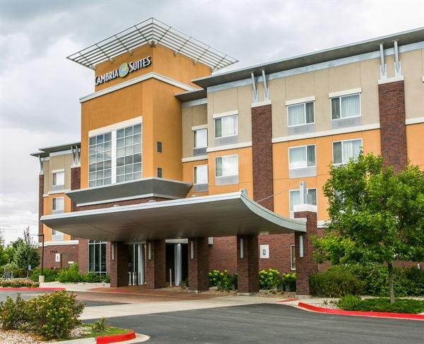 Cambria hotel & suites Fort Collins