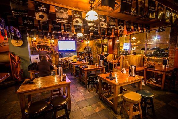 Claddagh Irish Pub - Indianapolis Downtown
