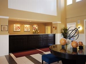 Best Western Plus - Marina Gateway Hotel
