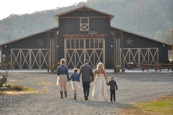 Unique Wedding Venues Near Me For Unforgettable Moment: Smokey Mountain Wedding & Party Barn