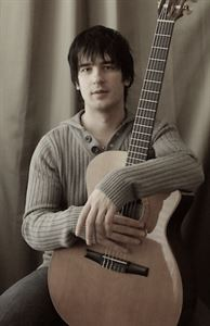 Deyo Rafailovic Guitarist