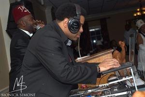Vinyl Touch DJ's Lights and Sound