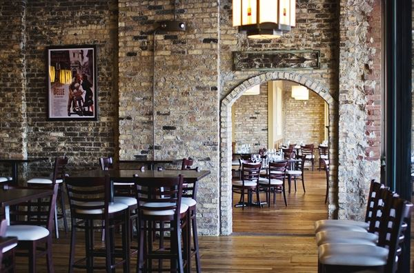 1913 Restaurant And Wine Bar