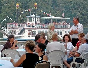 Maxson Restaurant & Riverboat