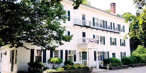 The Curtis House Inn