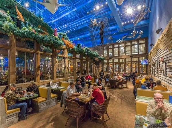 Uncle Buck S Fishbowl And Grill Bass Pro Shops Tacoma