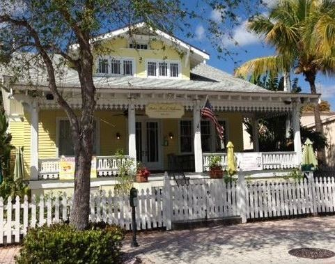 Palm Beach Hibiscus a Boutique Bed and Breakfast
