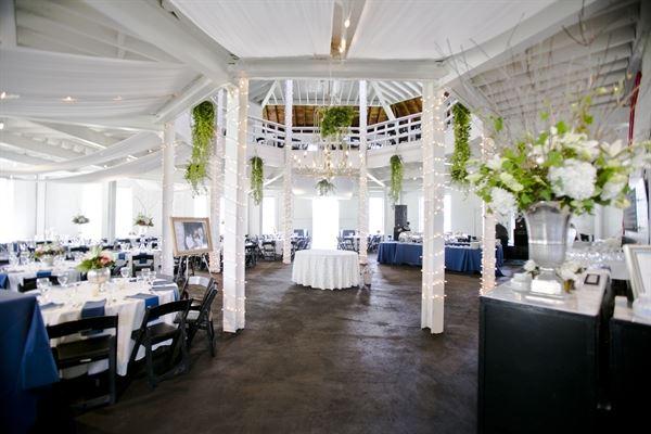 The Round Barn Stable Of Memories Lexington Ky Wedding Venue