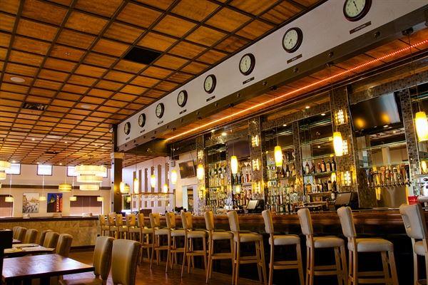 Cosmopolitan Live - Kitchen & Bar