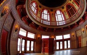 Rotunda - Grand Entry